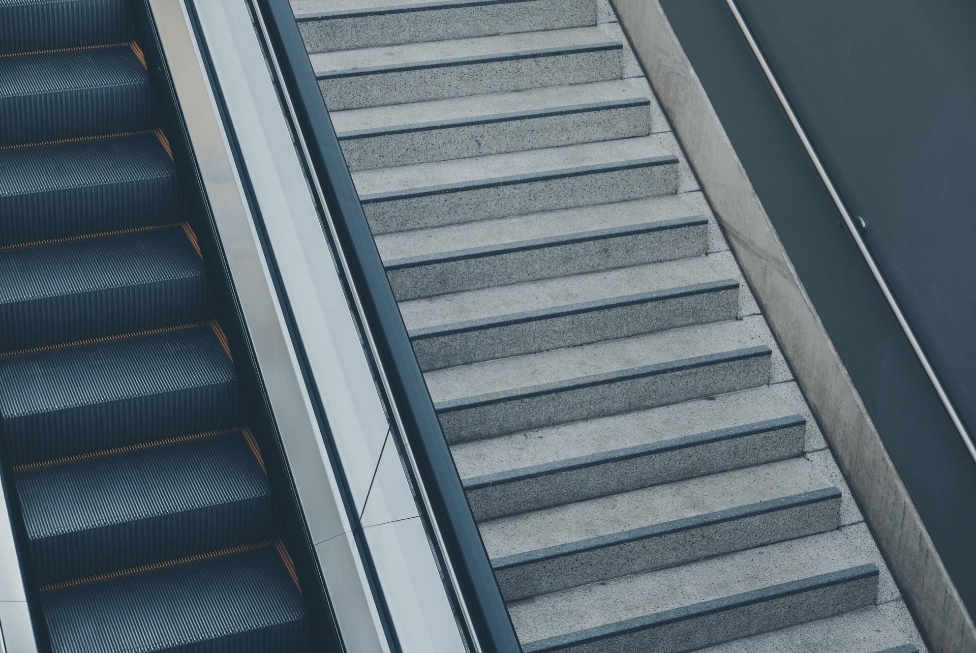 czym wyłożyć schody zewnętrzne